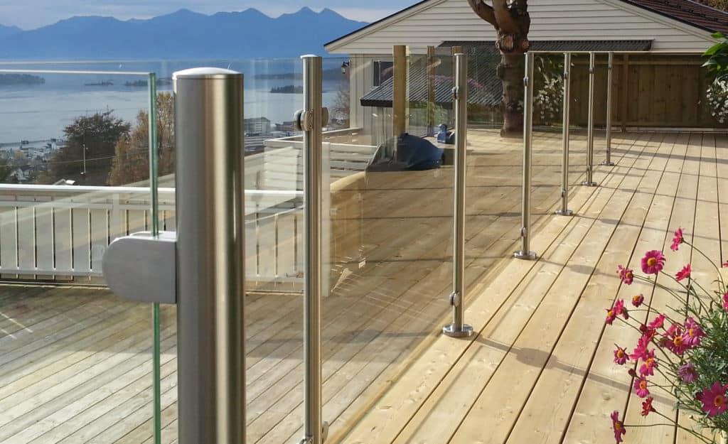 Glasværn til terrasse